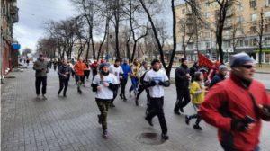 Проти алкоголю та за ЗСЖ: у Запоріжжі десятки городян 1 січня влаштували тверезу пробіжку, — ФОТОРЕПОРТАЖ