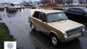 В Запоріжжі на Прибережній магістралі зіткнулися дві автівки, — ФОТО