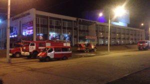 Рятувальники розповіли подробиці палаючого палацу культури: загинули тварини, — ФОТО