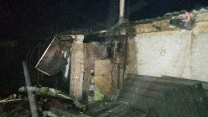 В Шевченківському районі палав приватний будинок