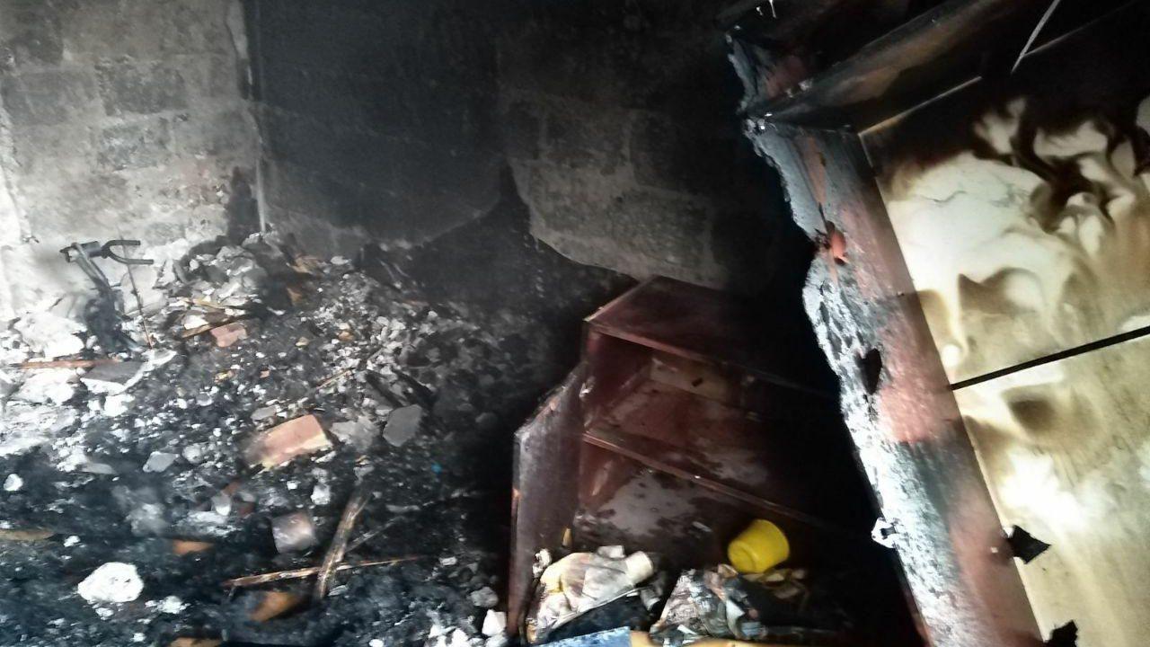 В Запорізькій області через цигарку вщент згоріла квартира, — ФОТО