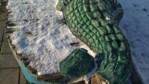 Бердянські вандали пошкодили десяток скульптур на набережній, — ФОТО