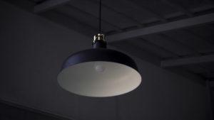 В Запорізькій області в школі на хлопчика зі стелі впала лампа