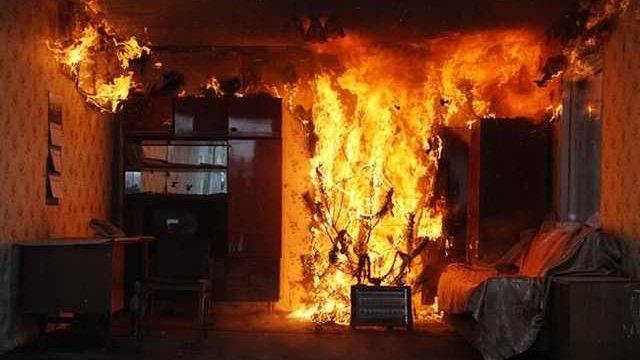 В Запоріжжі на пожежі загинула 82-річна жінка