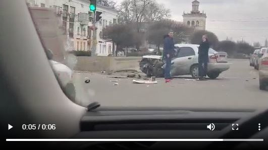 В Запорожье на Металлургов произошло серьезное ДТП: погибла пешеход, — ВИДЕО