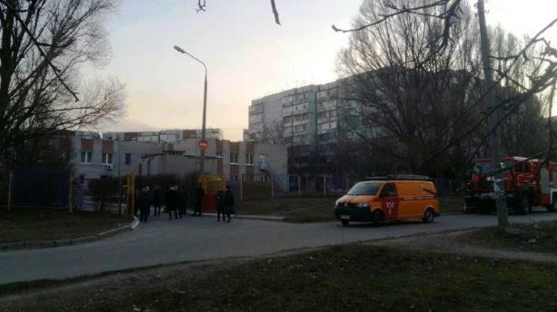 У Запоріжжі з дитсадка масово евакуювали дітей та персонал, — ФОТО
