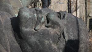 Забытые вожди: где сейчас демонтированный памятник Ленину в Запорожье и что с ним, – ФОТОРЕПОРТАЖ