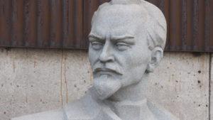 Где в Запорожье хранят демонтированные памятники Дзержинскому, Орджоникидзе, «Тревожной молодости» и что с ними, – ФОТОРЕПОРТАЖ