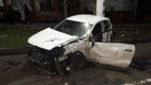 В Запорожской области столкнулись Nissan и Volkswagen: один человек погиб и трое в больнице