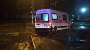 У Запоріжжі рятувальники рятували медиків швидкої, — ВІДЕО