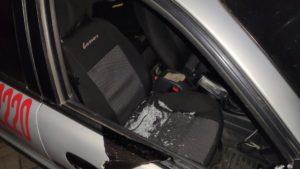 Нецензурна лайка та погрози: в Мелітополі хулігани напали на поліцію охорони