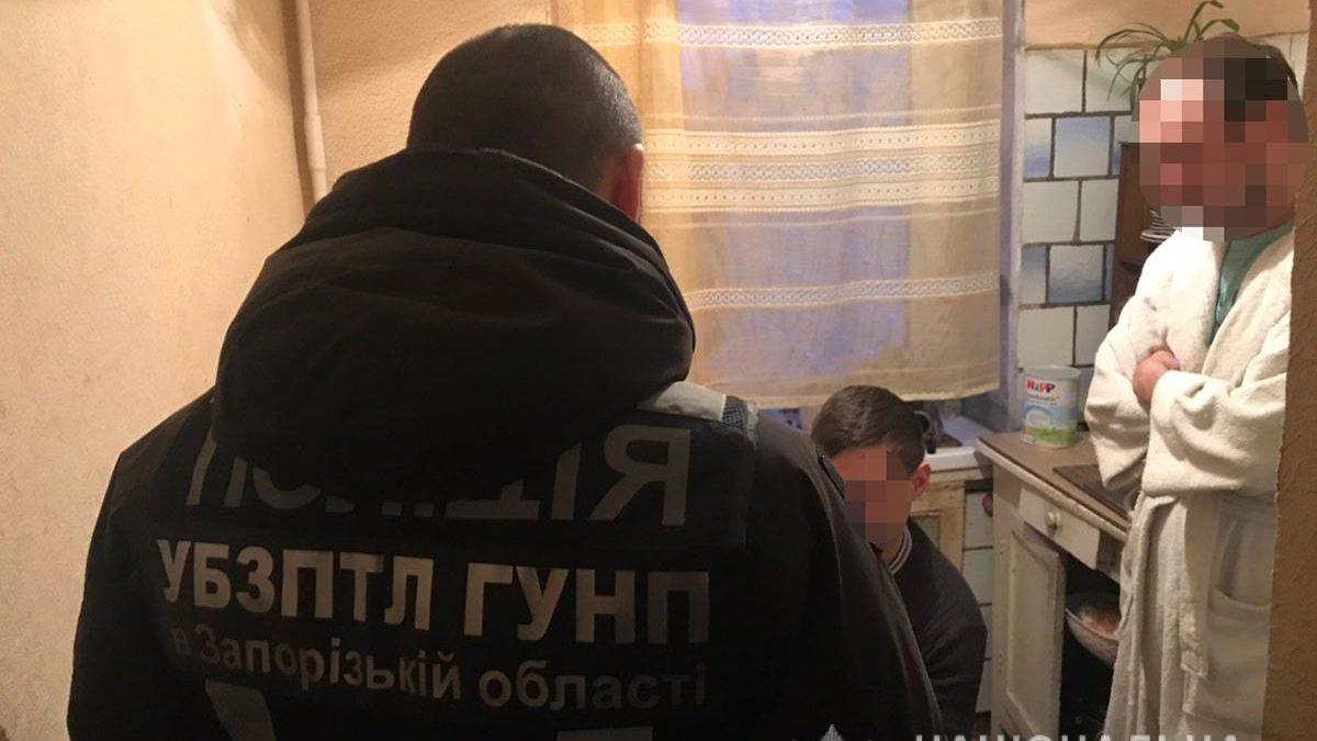 У Запоріжжі викрили чоловіка, який публікував порно в мережі, – ФОТО