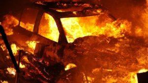 У Запоріжжі за одну ніч згоріло дві автівки
