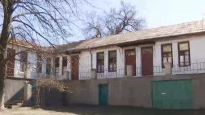 Поліція розшукує попутників дніпрян, що захворіли на коронавірус, які їхали потягом Київ-Запоріжжя