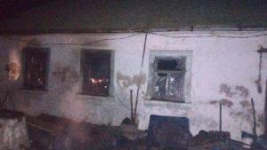 В Запорізькій області під час пожежі сусід врятував двох постраждалих людей