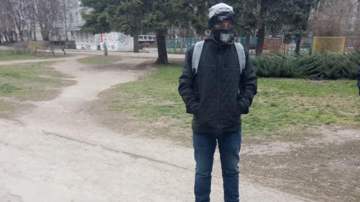 В Запорожье патрульные поймали расхитителя коммуникационного колодца