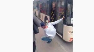 Одинадцятий зайвий: у Запоріжжі пасажири жорстоко відсікають порушників карантину, — ВІДЕО
