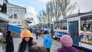 В Запорожье водитель заблокировал работу трамваям, - ФОТО