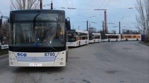 Запорожские власти просят Кабмин разрешить перевозить в автобусах и троллейбусах 20 пассажиров