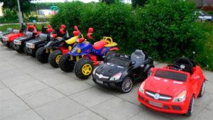 В одному з запорізьких парків у розпал карантину працює прокат дитячих машинок, — ФОТО