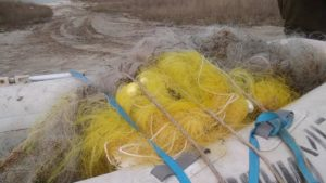 В Запорізькій області в морі продовжують знаходити браконьєрські сітки