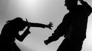 В Запоріжжі полісмен побив та зґвалтував колежанку, — ЗМІ