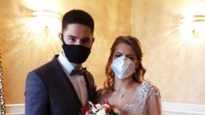 Свадьбы в масках: во время карантина в центральном ЗАГСе Запорожья расписались уже 20 пар, – ФОТО