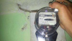 Житель Запорізької області заплатить кругленьку суму за магніт на лічильнику