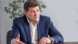 Мэр Запорожья Владимир Буряк заявил, что идет со своей партией на местные выборы