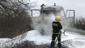 На трасі «Енергодар-Бердянськ» палала вантажівка, — ФОТО