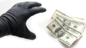 У Запоріжжі «активісти» вимагають у місцевого промислового підприємства 20 тисяч доларів