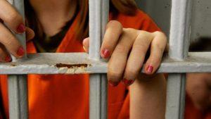 У Запоріжжі судитимуть сутенерку, яка відправляла неповнолітніх займатися проституцією до Туреччини