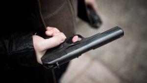 В Запорожье врачи госпитализировали мужчину с огнестрельным ранением