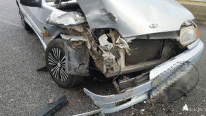 В центральной части Запорожья произошло ДТП: ВАЗ столкнулся с BMW, - ФОТО