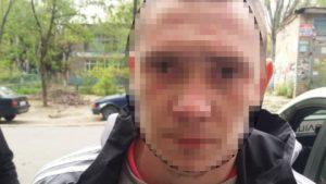 В Запоріжжі спіймали 20-річного хлопця, який просто неба вкрав у дівчини телефон