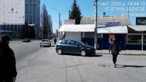 Майже за місяць роботи запорізькі інспектори з паркування винесли 600 постанов