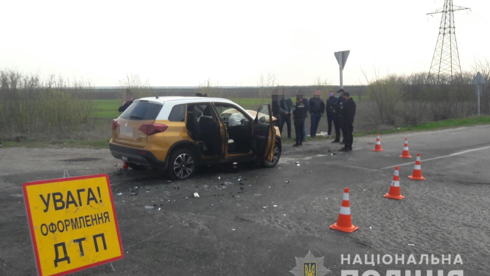 У Запорізькій області 18-річний водій не поступився дорогою і влаштував ДТП: постраждали шестеро людей, – ФОТО