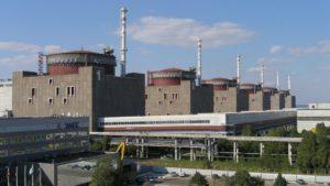 Двое работников Запорожской АЭС заболели коронавирусом: в Энергодаре жестко усиливают карантинные меры