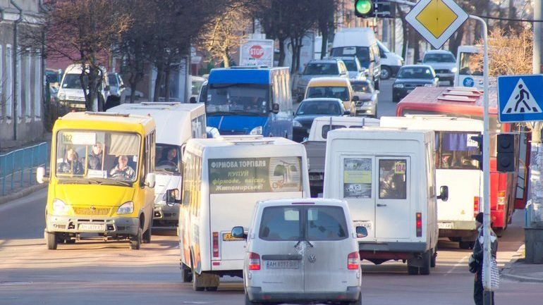 Офіційно: у Запоріжжі через карантин завтра не зупинятимуть рух маршруток