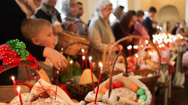 У Запорізькій області священник вдруге проігнорував карантин і проводив масове богослужіння на Великдень