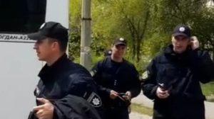 Запорожские полицейские массово нарушили режим карантина: началось служебное расследование, – ФОТО, ВИДЕО
