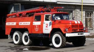 У запорізькому селі дві беушні пожежні машини купили за ціною нових: заступнику голови загрожує 5 років в'язниці