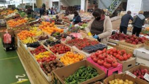 У Запорізькій області сьогодні починають відкривати продовольчі ринки