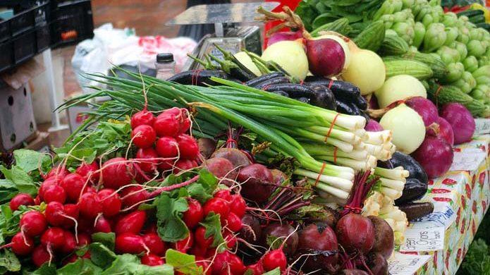 Стало известно, какие продовольственные рынки первыми откроют в Запорожье
