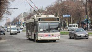 Жителям Запорожья грозит большой штраф за проезд в транспорте без спецпропуска