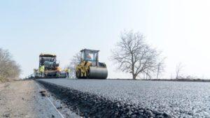 На ремонт курортной трассы в Запорожской области потратят 2 миллиарда гривен: работы закончат осенью, – ФОТО
