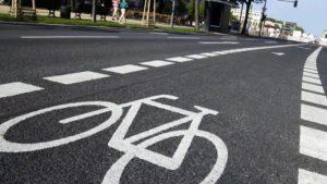 У Запоріжжі вимагають на час карантину створити на вулицях тимчасові велодоріжки