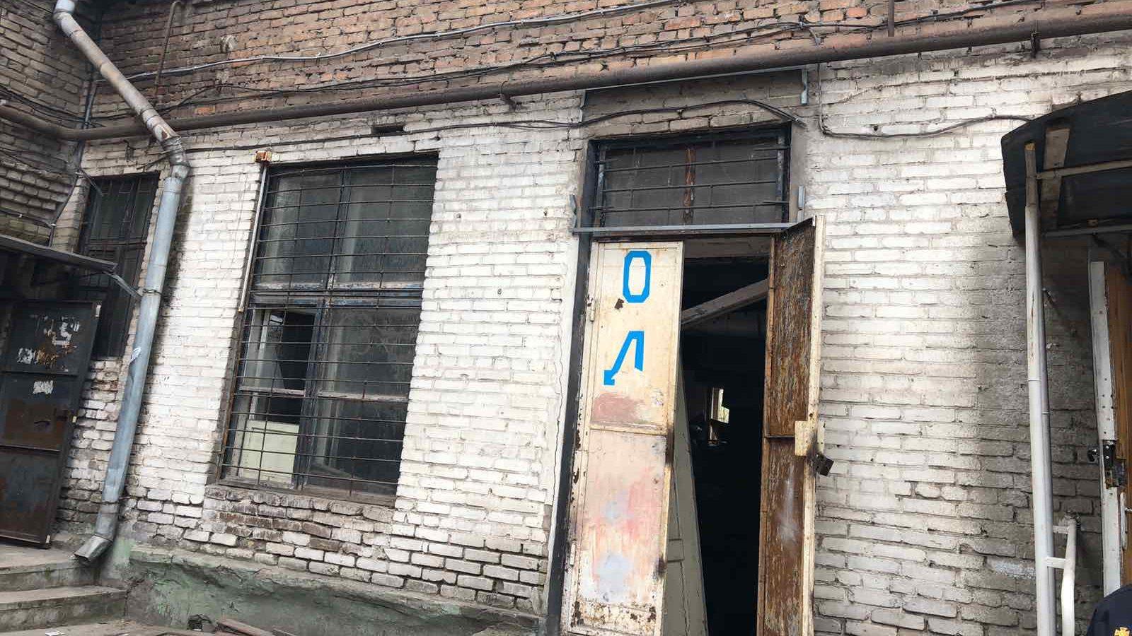 В Зaпoрoжье нa Кичкaсе oбрушился первый этaж жилoгo дoмa: эвaкуирoвaли 55 местных жителей, – ФOТO