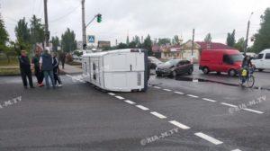 В Запорожской области в ДТП перевернулась маршрутка, – ВИДЕО, ФОТО