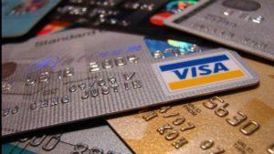 18-річний мешканець міста Пологи вкрав з банківських карток 10 тисяч